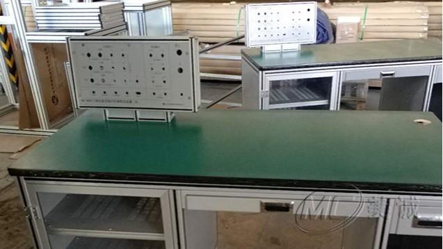 钣金电器显示屏铝型材工作台