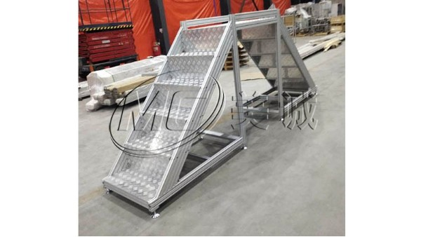 铝型材过线梯