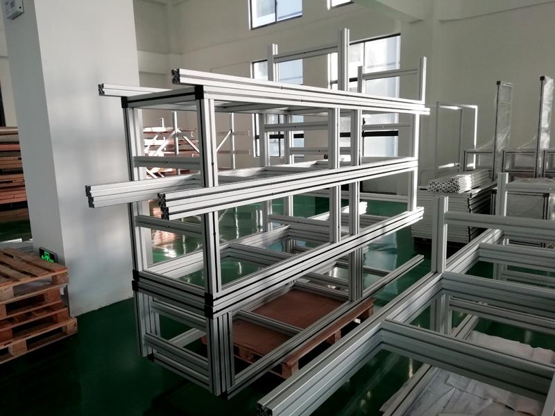 铝型材框架组装现场 (15).1