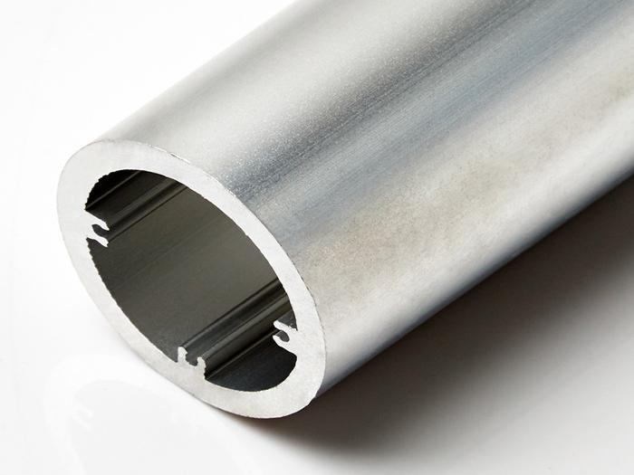 如何区分劣质铝材