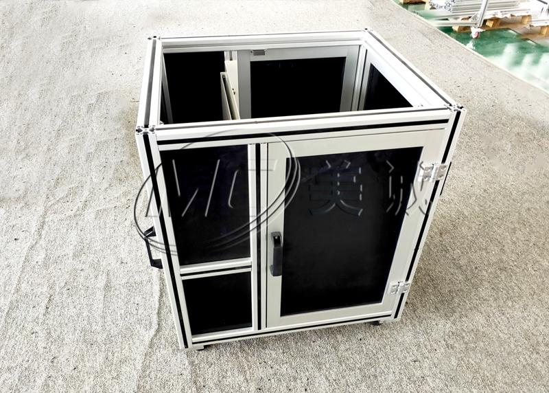设备机罩板材和型材连接方式