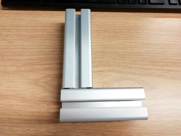 铝型材内置连接件