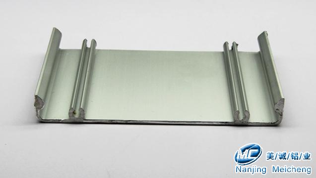 铝型材开模定制-盖板型材.