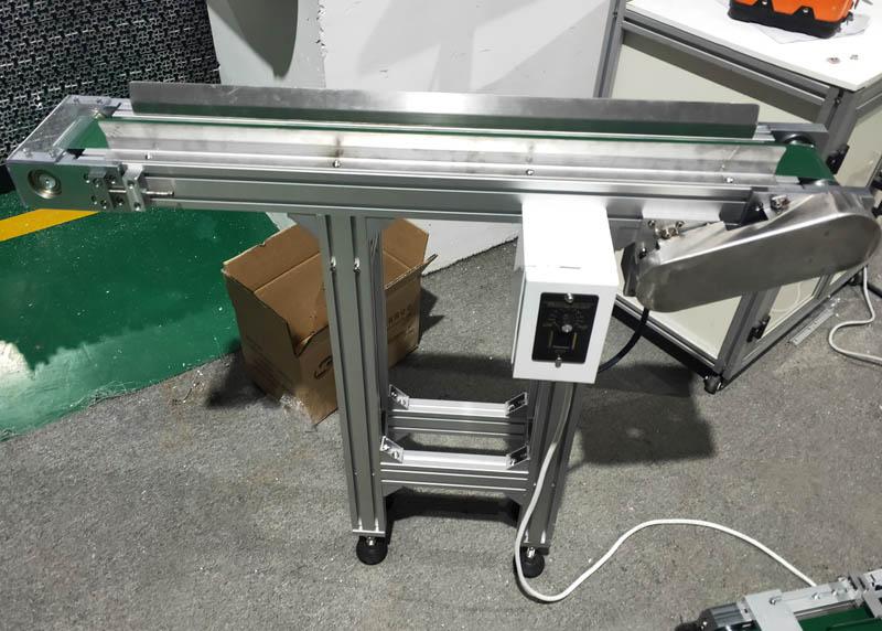 机器零件皮带输送线