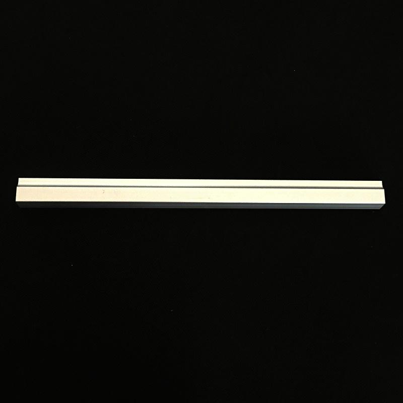 堆垛机地轨选用开模铝型材原因