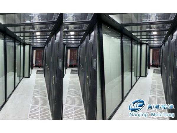 工业铝型材隔段走进移动电信联通三大通讯公司