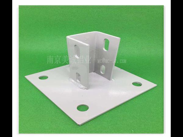 工业铝型材配件地脚连接件的使用的方法